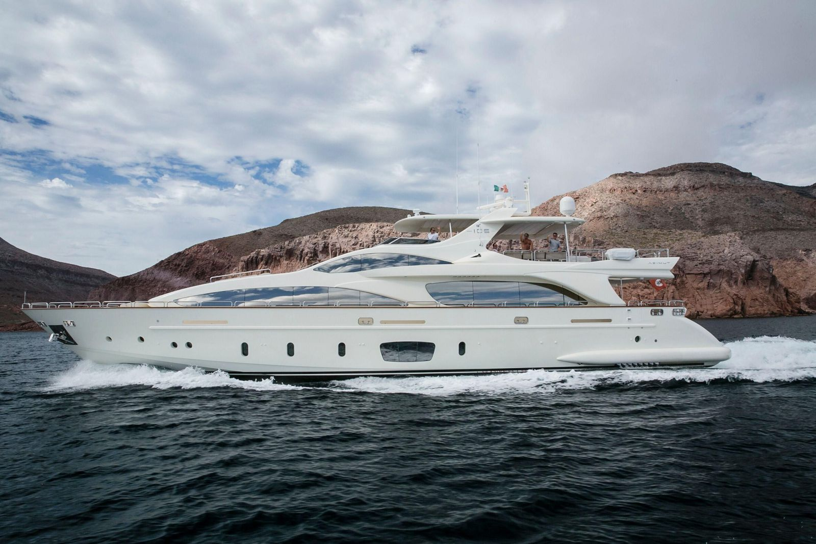 used Azimut 105 Grande yacht for sale