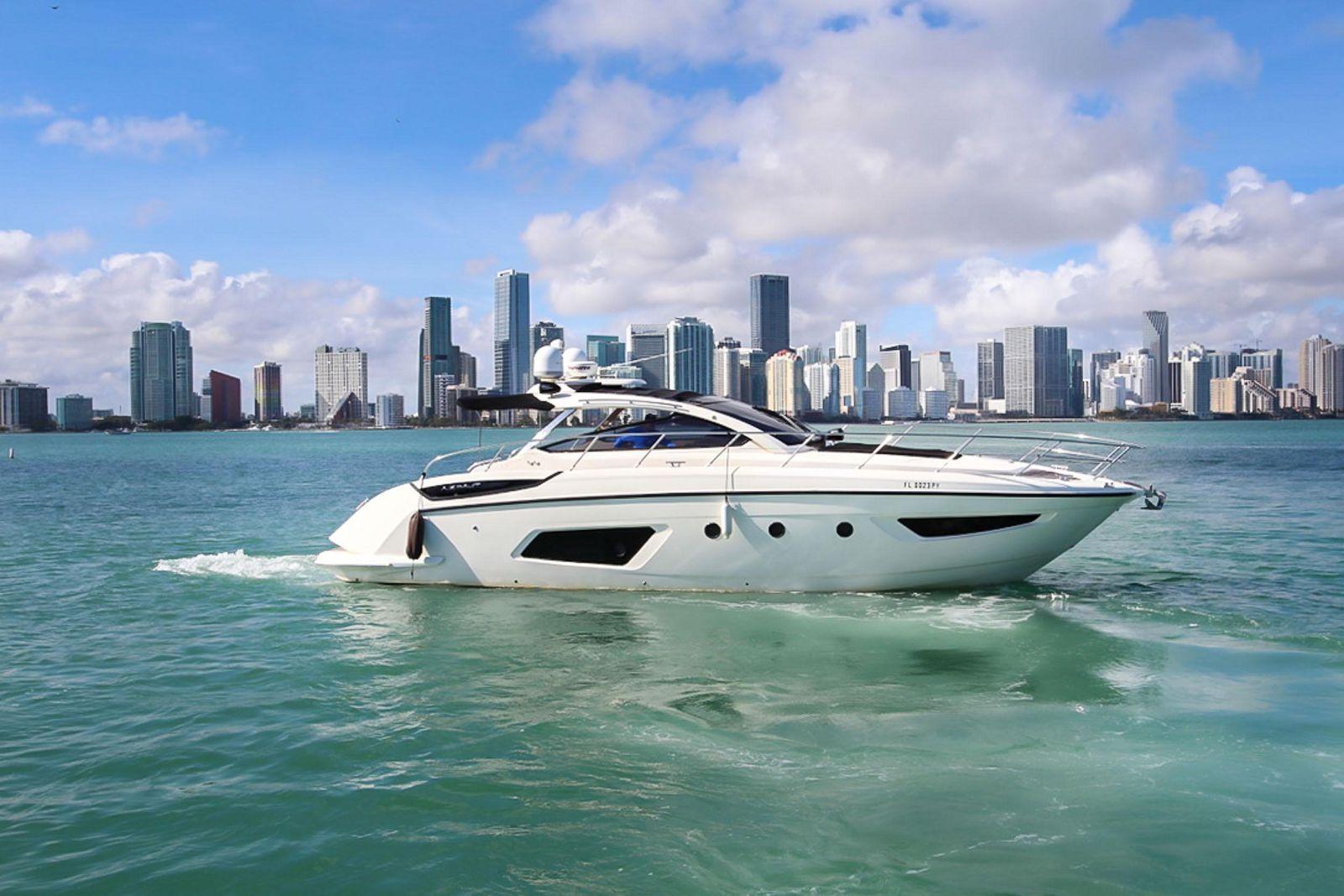 used azimut 44 Atlantis yacht for sale