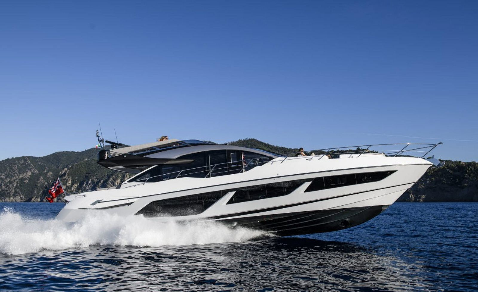 sunseeker 74 sport yacht for sale