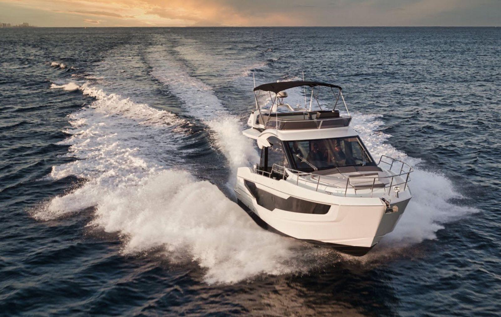 galeon yachts 400 fly
