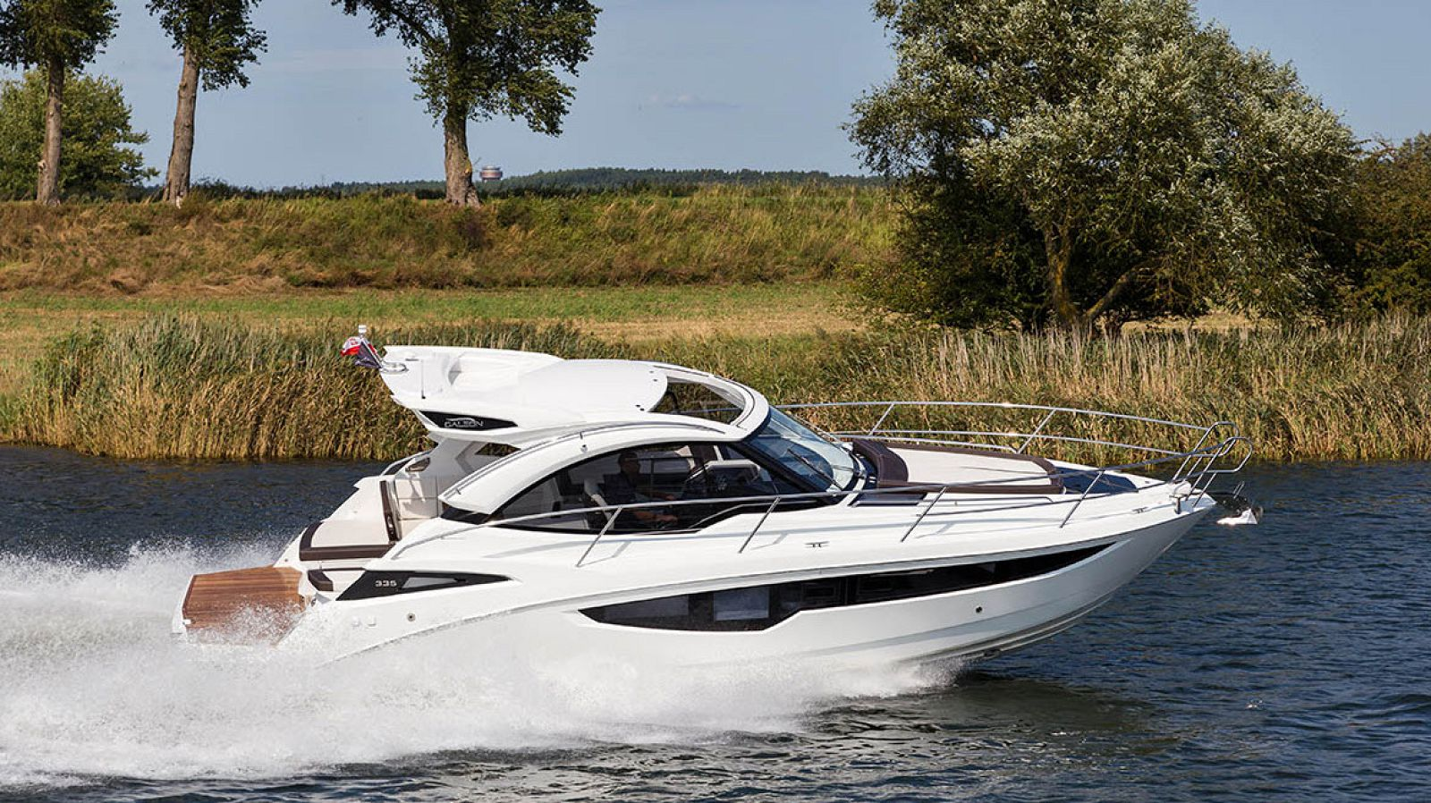 galeon 335 hts yacht for sale