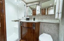 Bathroom - Viking 54 Convertible