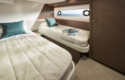 3rd guest suite with twin beds apart