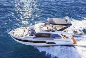 Absolute Yachts 58 Flybridge